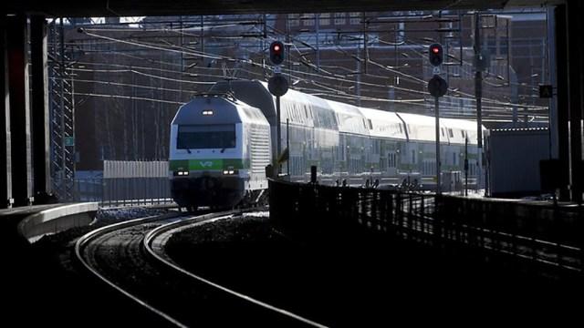 KUUM: Tamperes peatati mingil põhjusel rongiliiklus, rongid hilinevad