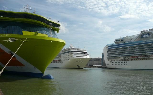 Soome kehtestas Helsingi ja Tallinna vahel laevaliikluse jätkamise kohustuse