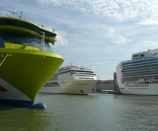 Viking Line valmistub esmaspäeval algavaks toetusstreigiks, viis laeva jääb seisma, mõjutab tuhandeid inimesi