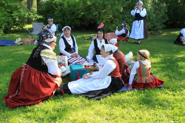 Täna tähistatakse Soomes rahvariiete päeva