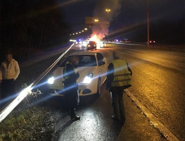 Raske liiklusõnnetus Helsingisse suunduval Lahdenväyläl – 11 vigastatut, kaks autot süttis põlema