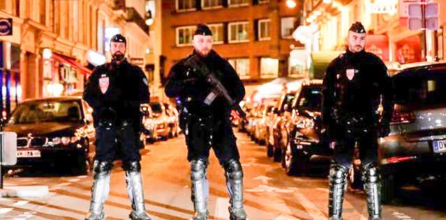 KUUM! Pariisis toimus pussitamine. Ründaja karjus: Allahu akbar!