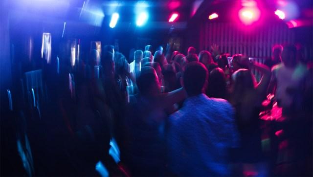KUUM: Soomes keeratakse septembrist koroonapiirangud peale, üritused piiratakse 50 inimesega