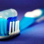 Soome professor: hambaniit, suuvesi ja kõva hambahari on kasutud või isegi kahjulikud