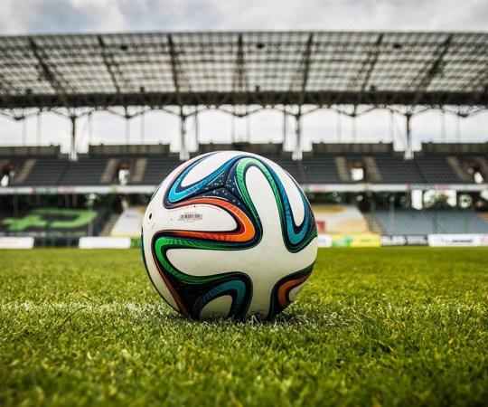 Suomen ja Viron maajoukkueet jalkapallossa