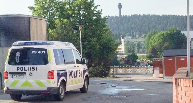 Kuopios kutsuti politsei välja püksata mehe peale