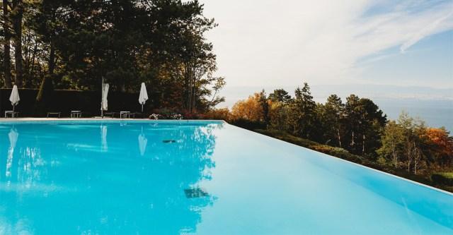 Soomlanna hukkus suvel Kreekas puhkuse ajal basseinis, lesk sai alles hiljuti surnukeha koju tuua