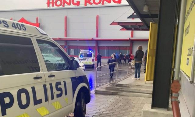KUUM: Kuopio mõõgarünnakus hukkunud naine on 1996. aastal sündinud Ukraina kodanik, kes oli abielus eesti mehega