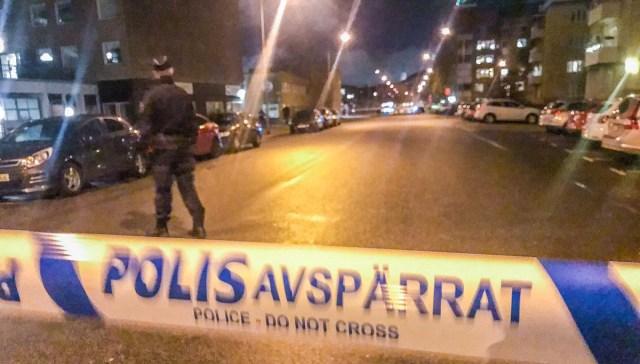 Šokk Rootsis: iraaklasest peika lõikas noorel tüdrukul pea otsast ära