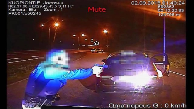 Soomes jäi taksoröövel politsei kuulist halvatuks, sai tingimisi karistuse
