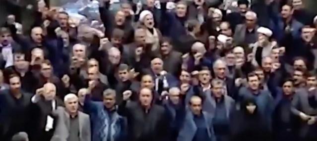 Iraani parlament skandeerib: Surm Ameerikale, Trumpi pea eest pannakse välja 80 miljonit dollarit