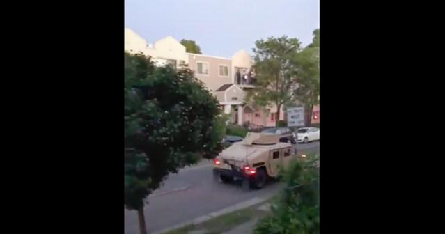 Kas uus kodusõda? Politsei ja sõjavägi patrullivad USA-s tänavatel, tulistavad inimesi (lisatud video)