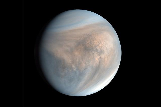 Veenuse planeedilt leiti elu jälgi – sealt polnud keegi osanud otsida