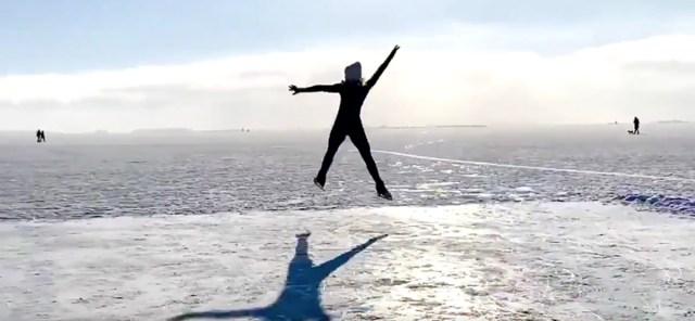 VIDEO: Iluuisutamine Soomes keset merd