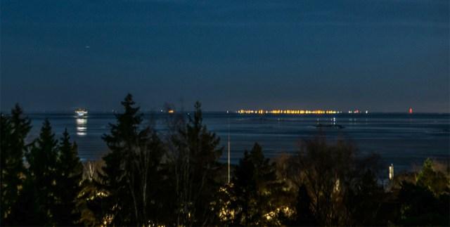Erakordne lugu: Soome mees pildistas Helsingist Tallinna tulesid – tegemist oli miraažiga