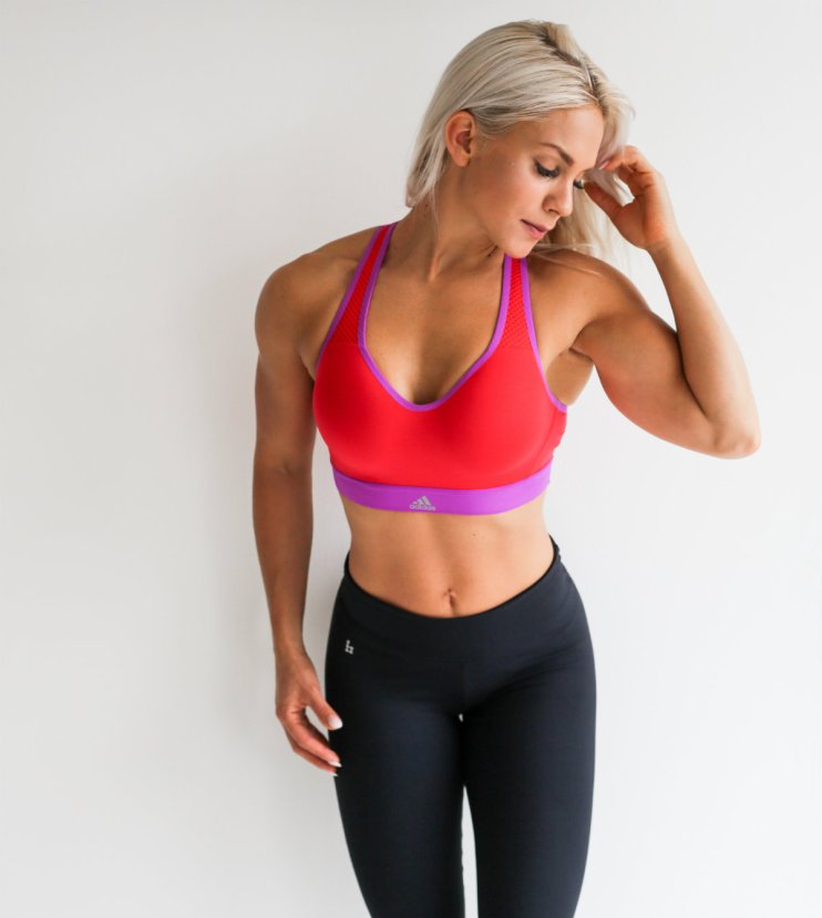 minifitness_suomen_fitnessurheilu_bikinifitness
