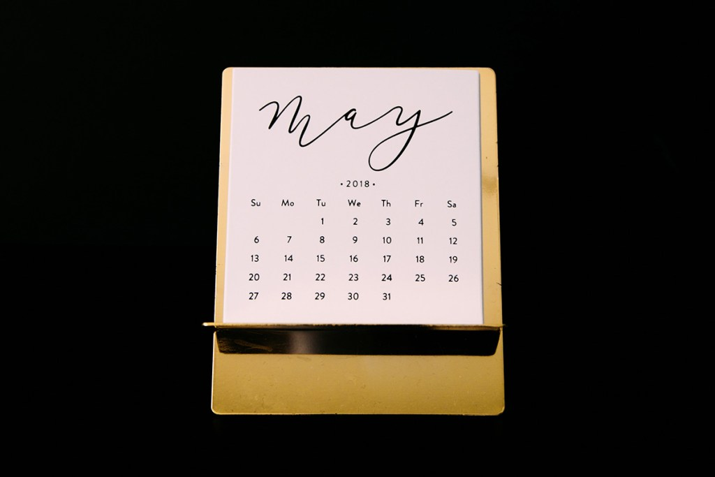 金屬質感桌曆
