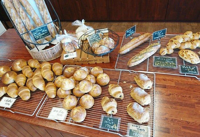 山崎屋パン店の種類は豊富