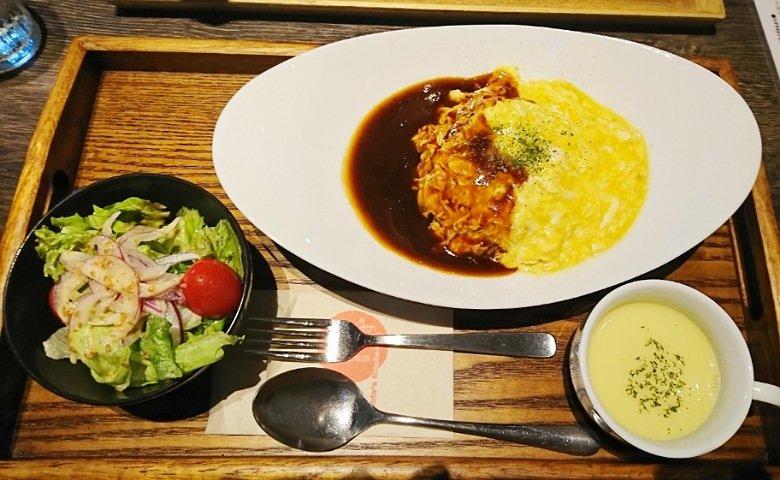 Hata's Kitchen:オムライス1