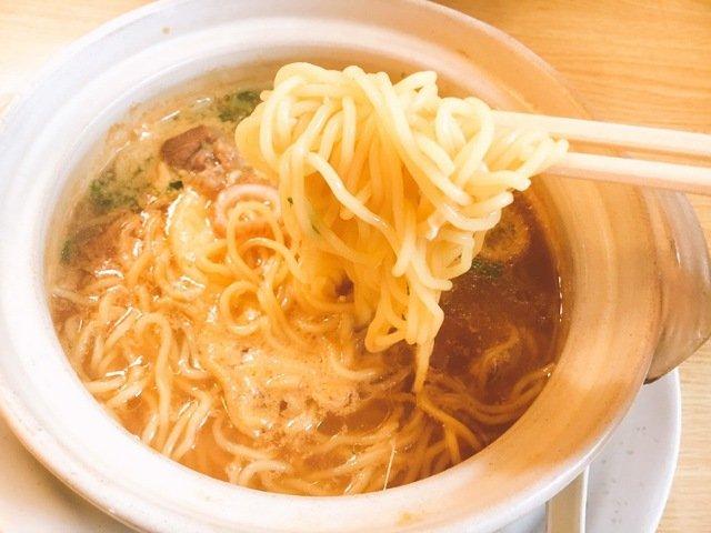 くろちゃん食堂:鍋焼きラーメン