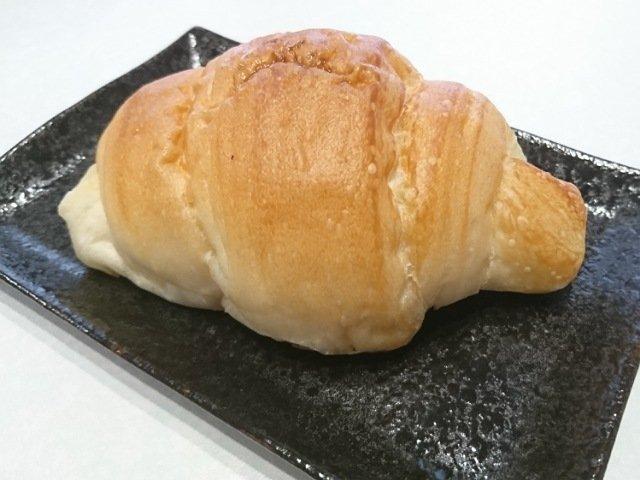 サニーマートのパン屋「ベイキングポイント(BAIKINGPOINT)」:一番人気の塩パン