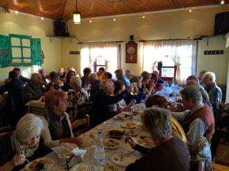 Τα μέλη της ΕΕΥΕΔ γευματίζουν στην Πάνδροσο Κομοτηνής