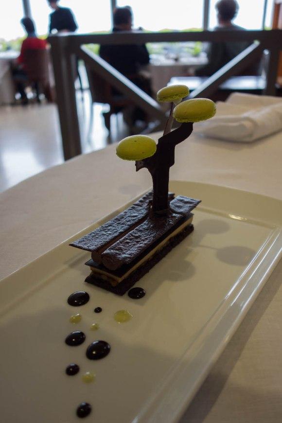 dessert au restaurant michelin anne de bretagne à la plaine sur mer