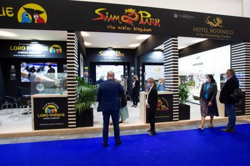 Imagen del stand de Siam Park, ubicado en Fitur