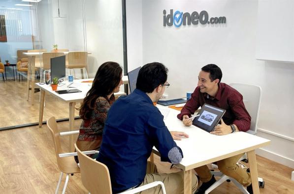 Tienda phygital de Idoneo.com en Logroño.