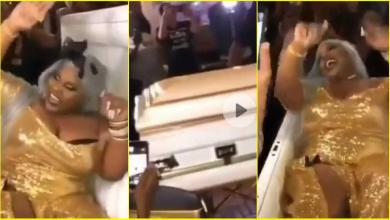 Bride arrives her wedding in a coffin (video)