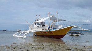 Bible teaching boat ministry in Philippines