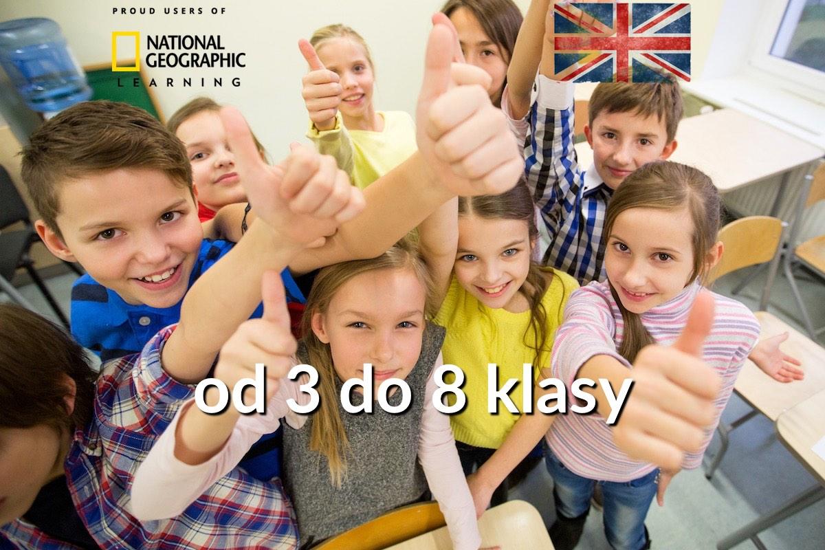 Łatwy angielski w szkole: dzieci podnoszą kciuki do góry
