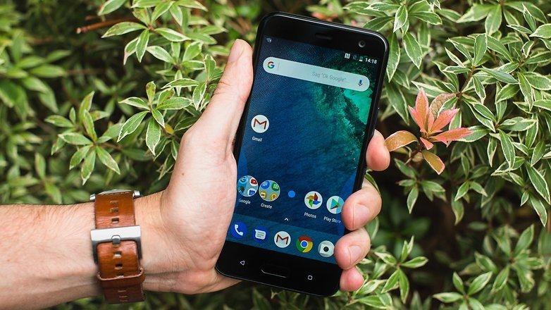 Android 7.1.1 e tre assistenti
