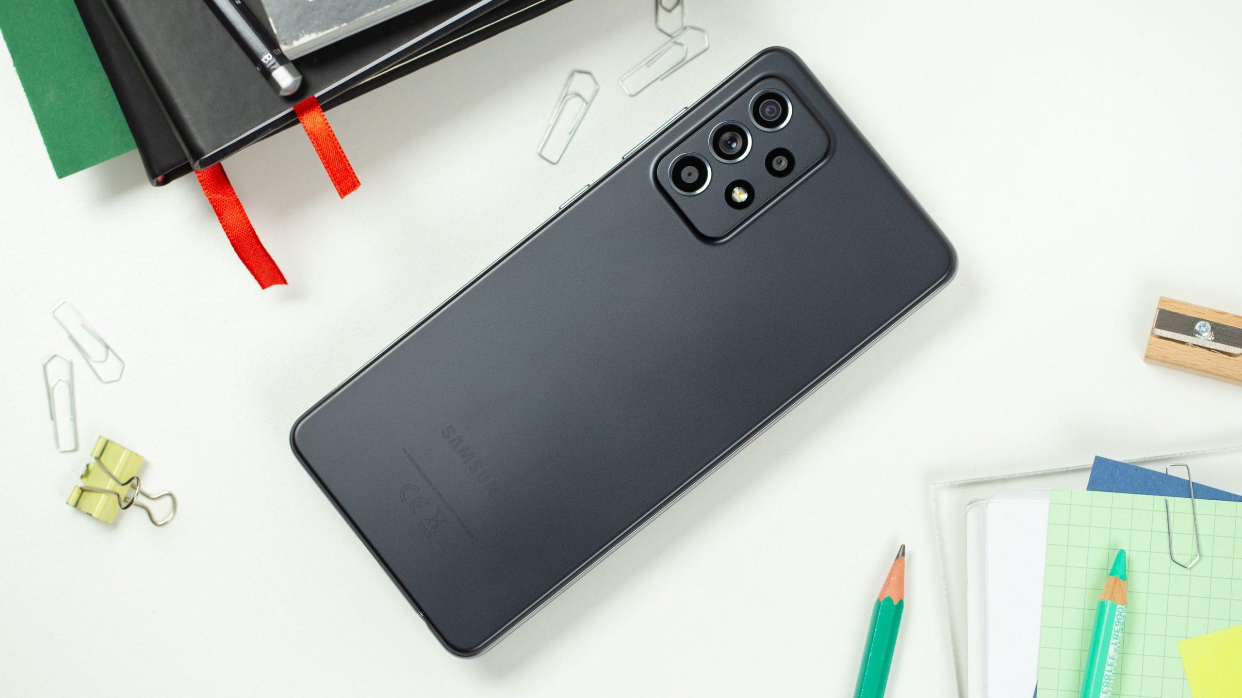 Samsung Galaxy A52 5G: miglior smartphone di fascia media per la maggior parte delle persone