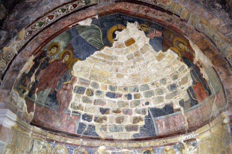 Amioun, Chiesa di San Phocas, affreschi di epoca bizantina