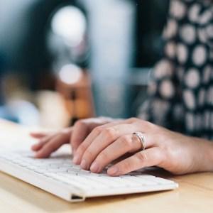 Blogger Media Contact List