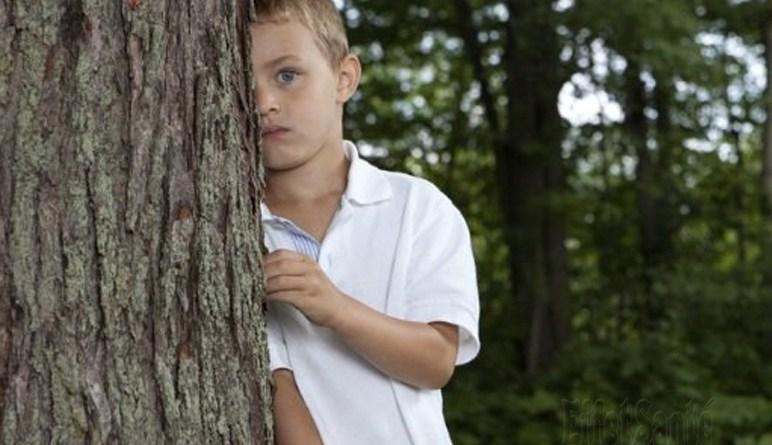 enfant timid, socialisation, enfant social