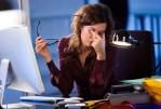 Comment s'asseoir devant l'ordinateur pour ne pas tomber malade