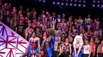 God Save The Queen(s) 090