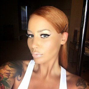 Amber Rose Delights Her Fans with a new Hair Do (Photos)