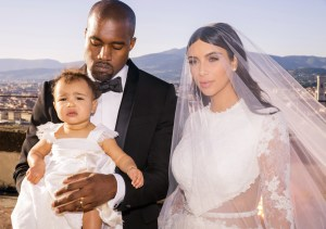 Kim Kardashian And Kanye West To Renew Wedding Vows On Eiffel Tower