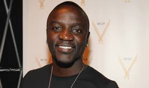 , Akon vows to Bring Solar Power to Africans, Effiezy - Top Nigerian News & Entertainment Website