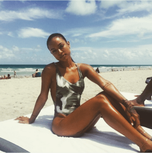 Karrueche Tran and her bikini body enjoy Miami sunshine (Photos)