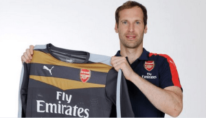 Goalkeeper, Petr Cech Signs with Arsenal (Photo)