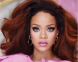 Rihanna looks stunning in her new fragrance campaign (Photo)