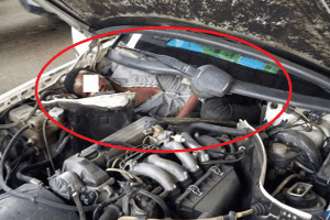 Look at the desperation of this African man caught hiding in a car engine as he attempts to enter Spain (Photo)
