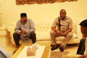 Former President Jonathan visited by Governor Wike at His Otuoke Home