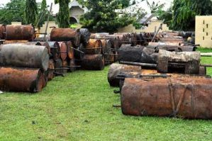 """Nigerian Army discovers """"unprecedented"""" oil bunkering site in Port Harcourt"""