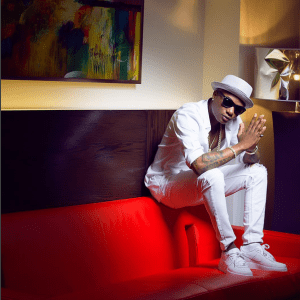 Wizkid looking stylish and classy in all white (Photos)