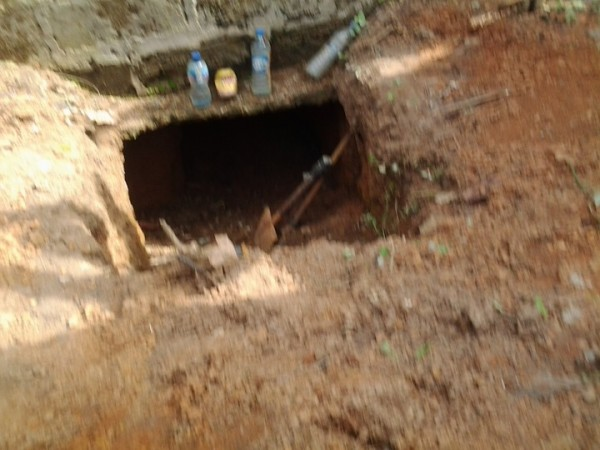 , Photo: Robbers dug 10-metre tunnel to steal from bank in Akure – Police, Effiezy - Top Nigerian News & Entertainment Website